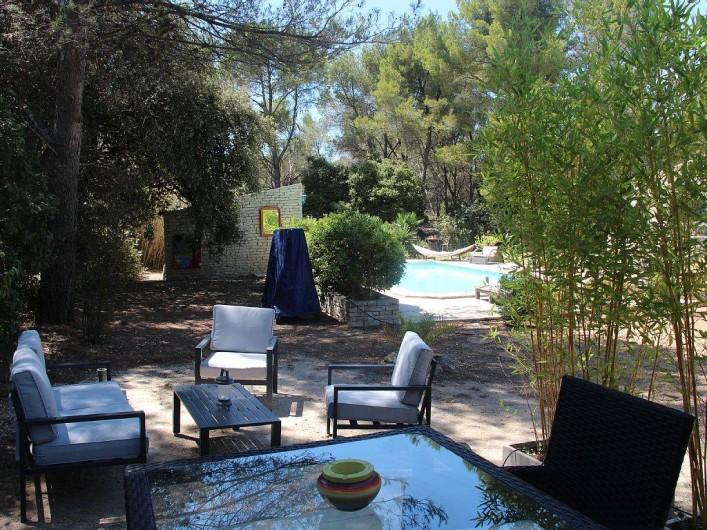 Location de vacances - Studio à Velaux - Vue de la terrasse