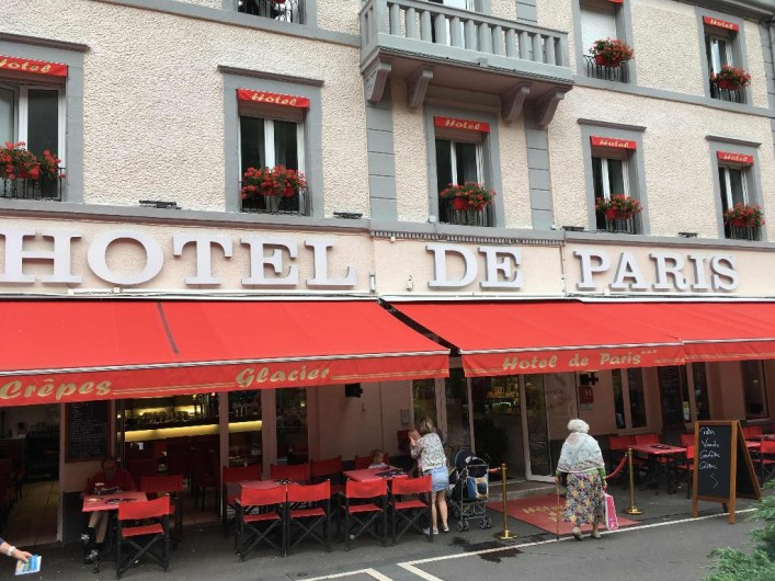 Location de vacances - Appartement à Le Mont-Dore - Restaurant de bonne qualité  Prix raisonnable Face au thermes