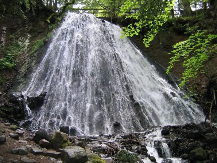 Location de vacances - Appartement à Le Mont-Dore - nombreuses cascades et  la source chaude