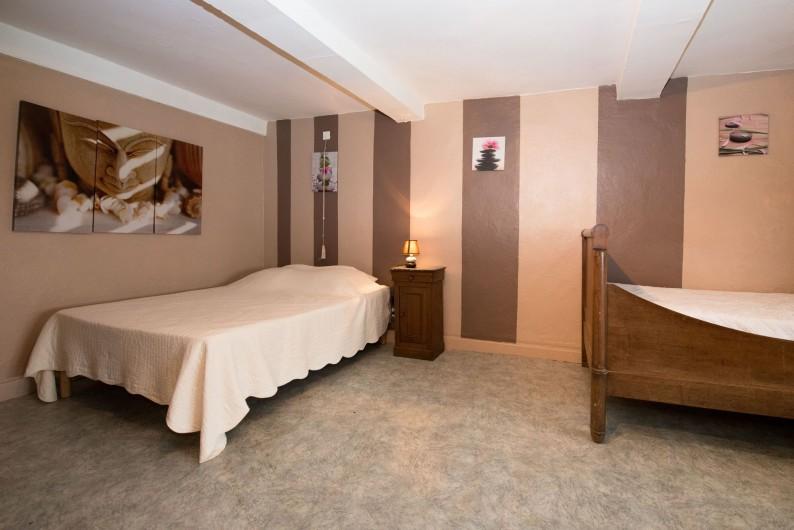 Location de vacances - Gîte à Girondelle - chambre 3 personnes