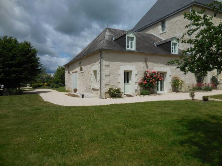 Location de vacances - Maison - Villa à Le Liège - la maison principalement de plein pied au milieu d'un grand parc