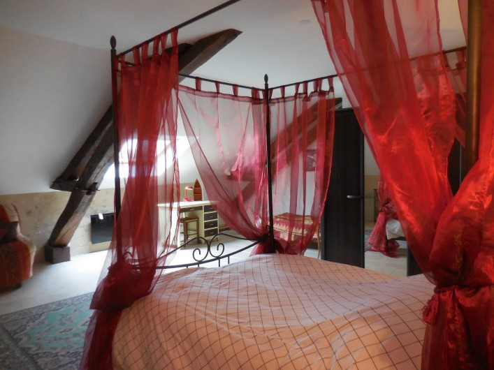 Location de vacances - Maison - Villa à Le Liège - la chambre 3 avec un lit double et un lit simple,