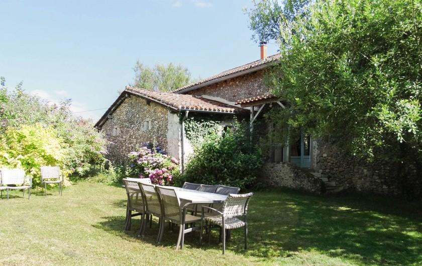 Location de vacances - Gîte à Bourrou - jardin gite theleme