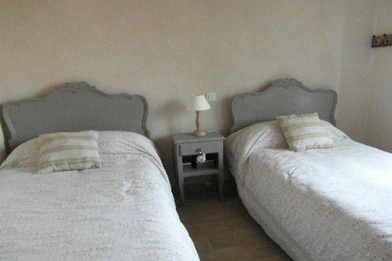 Location de vacances - Gîte à La Garnache - Chambre avec 2 lits de 90
