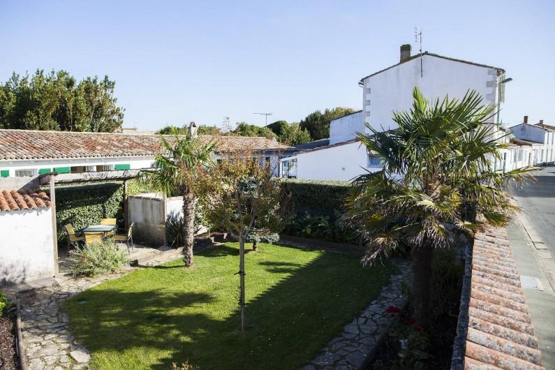 Location de vacances - Maison - Villa à Sainte-Marie-de-Ré - Le Petit Village - jardin