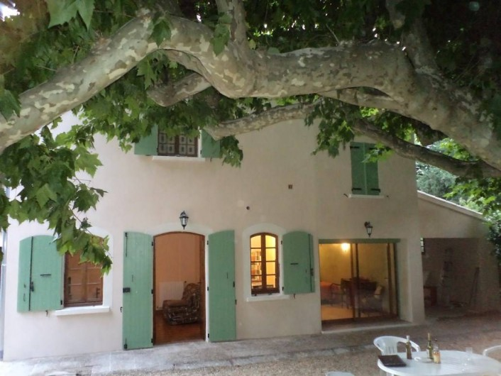 Location de vacances - Appartement à Saint-Ambroix - terrasse extérieur