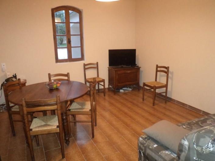 Location de vacances - Appartement à Saint-Ambroix - séjour