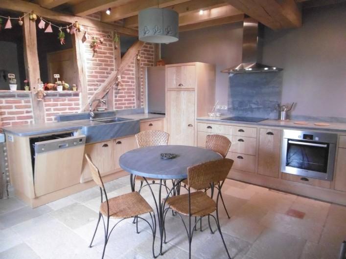 Location de vacances - Gîte à Pourlans - cuisine