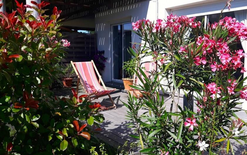Location de vacances - Chambre d'hôtes à Gujan-Mestras - Une terrasse privative de 20m2 propice à la relaxation