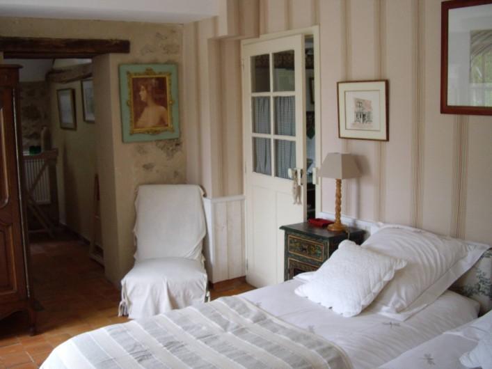 Location de vacances - Maison - Villa à Vitry-aux-Loges - Chambre 2 lits simples RC