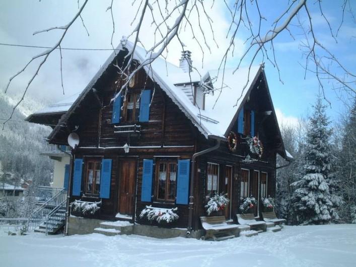 Location de vacances - Chalet à Chamonix-Mont-Blanc - Façade Ouest-Sud