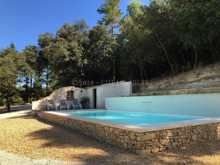 Location de vacances - Gîte à Sarrians - Piscine