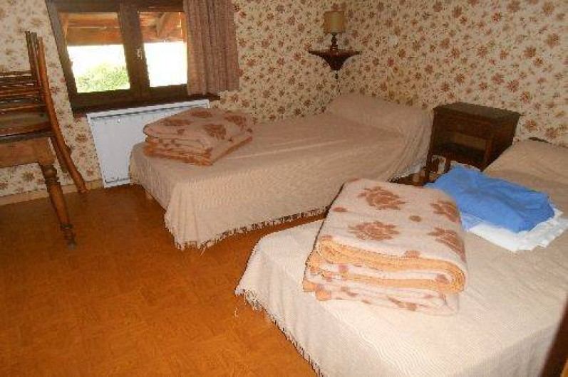 Location de vacances - Appartement à Pralognan-la-Vanoise - La chambre à 2 lits