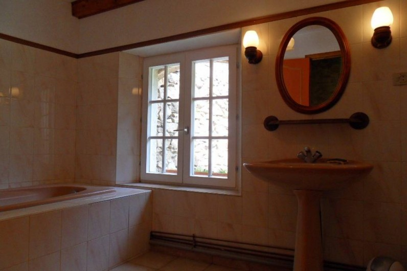 Location de vacances - Mas à L'Albère - salle de bains