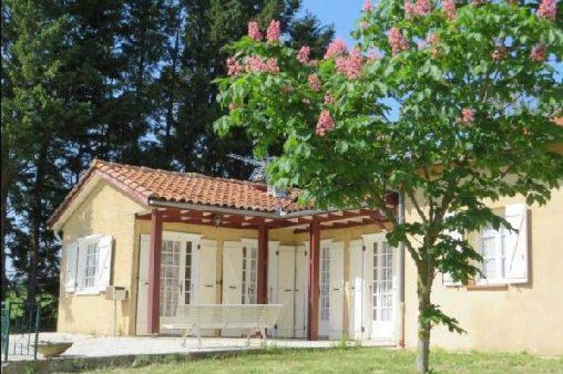 Location de vacances - Maison - Villa à Tournan - le gîte au printemps