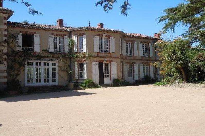 Grande villa italienne avec son parc sa piscine et son for Camping boulogne sur mer avec piscine