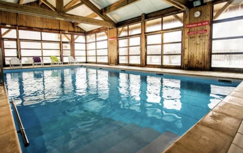Location de vacances - Appartement à Saint-Sorlin-d'Arves - agréable piscine + sauna, été comme hiver !!!