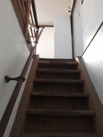 Location de vacances - Appartement à Sainte-Marie-du-Mont - 1 er escalier