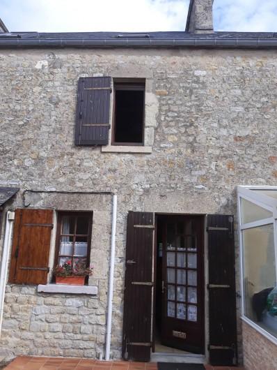 Location de vacances - Appartement à Sainte-Marie-du-Mont - entrée principale