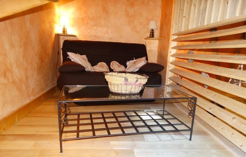 Location de vacances - Chalet à Chapelle-des-Bois - mezzanine, convertible 140