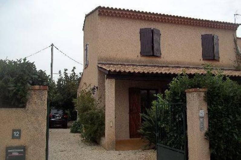 Location de vacances - Villa à Hyères - entrée