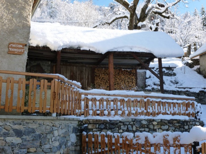 Location de vacances - Maison - Villa à Les Orres - Espace abrité en hiver