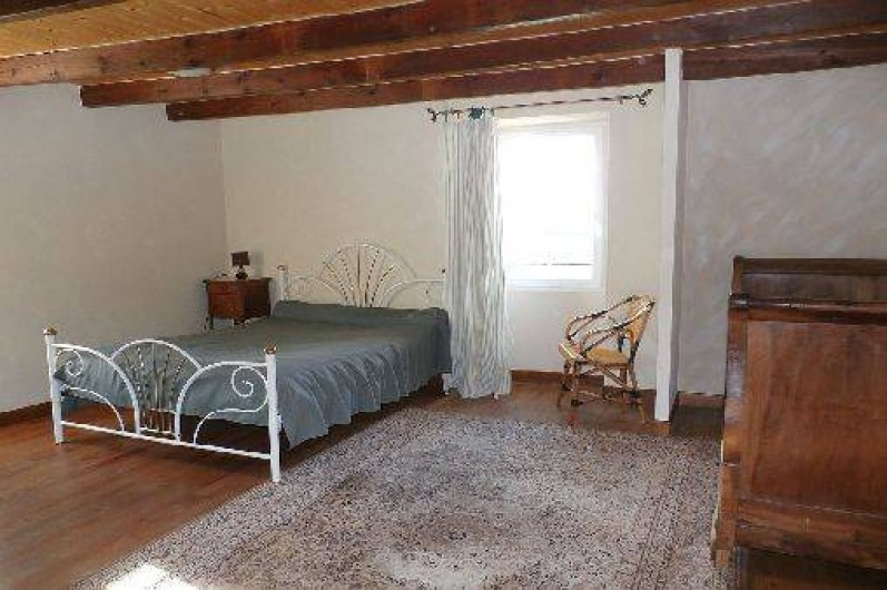 Location de vacances - Maison - Villa à Saint-Avit - Chambre 1 : 1 lit  (2 places), et 1 lit ancien 120 (1place)