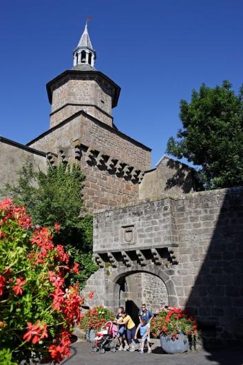 Location de vacances - Gîte à Besse-et-Saint-Anastaise - CITE MEDIEVALE DE BESSE