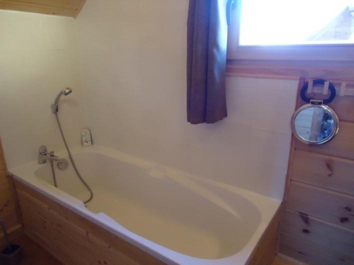 Location de vacances - Chalet à La Joue du Loup - Chalet Céline - Salle de bain