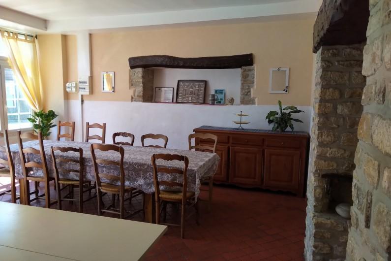Location de vacances - Gîte à Sainte-Honorine-des-Pertes - Salle à Manger du Gîte B