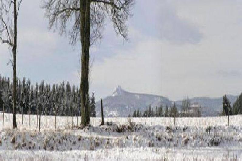 Location de vacances - Gîte à Raucoules - Le Lisieu depuis le gîte en hiver