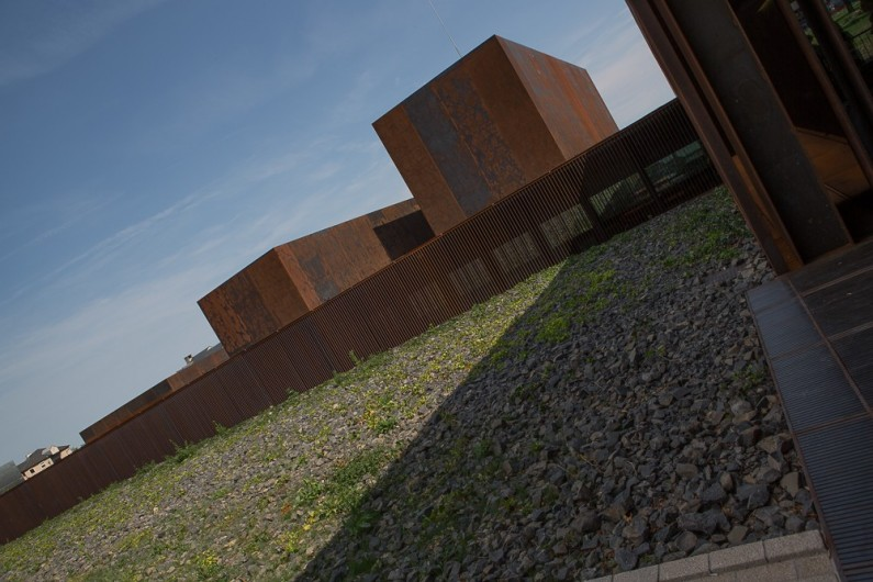 Location de vacances - Chalet à Rieupeyroux - Le musée Soulage à Rodez