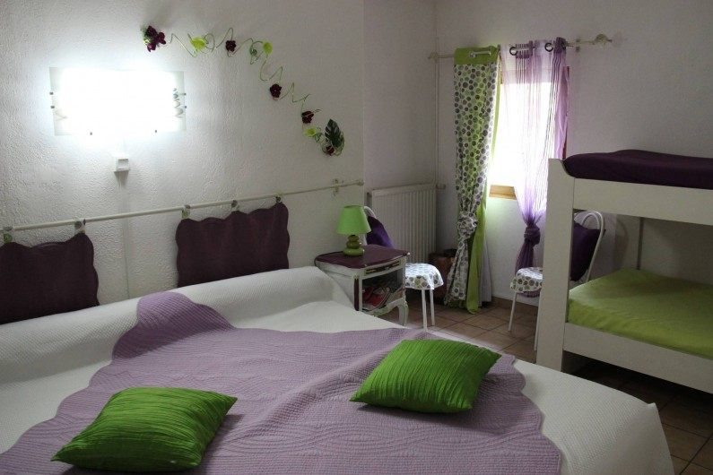 Location de vacances - Chambre d'hôtes à Étoile-sur-Rhône - chambre catleya