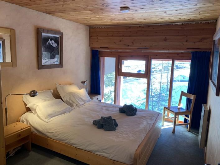 Location de vacances - Appartement à Les Arcs - lit 160 au 1er étage. A l'Est-vue sur l'Aiguille Grive.