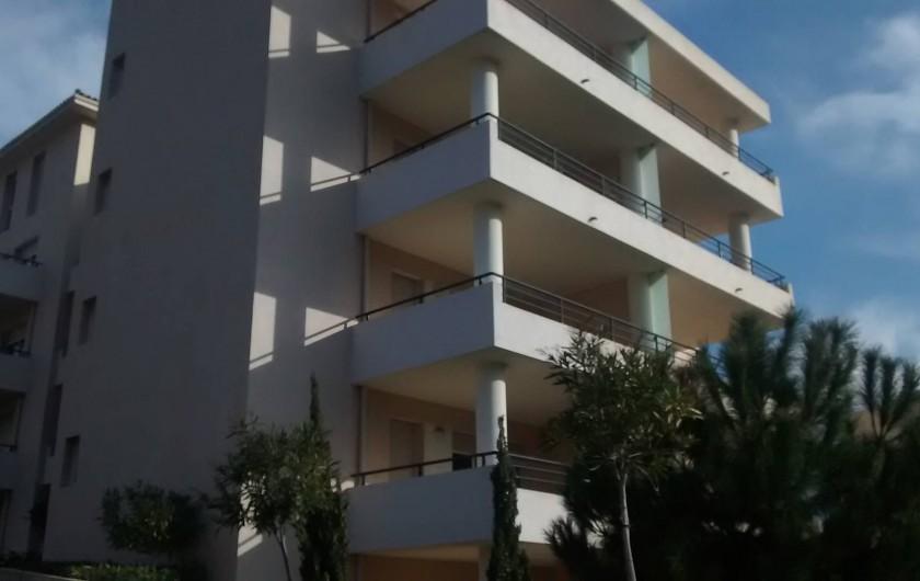 Location de vacances - Appartement à Calvi - une autre vue de la résidence
