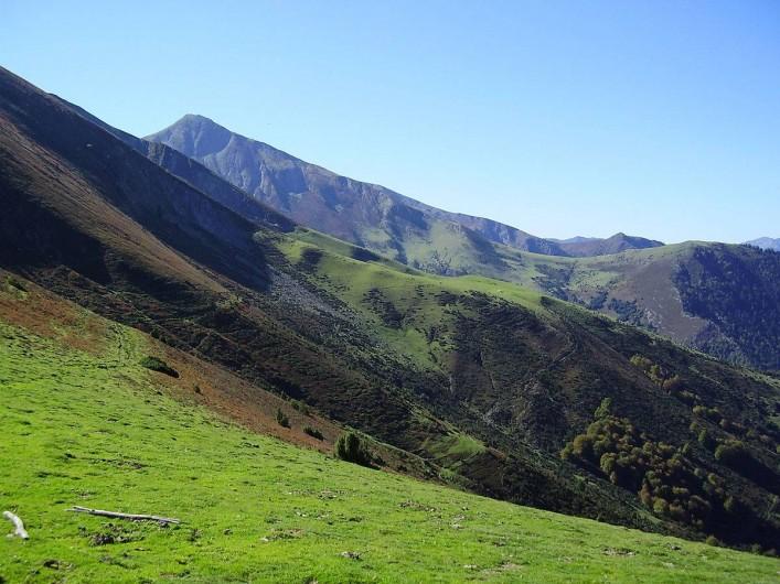Location de vacances - Bateau à Chamberet - Parc naturel régional des Millevaches