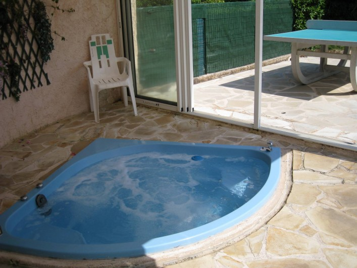 Location de vacances - Villa à Le Plan-de-la-Tour - JACCUZI