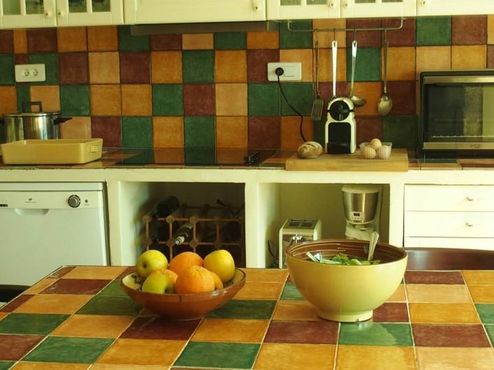 Location de vacances - Gîte à Tharaux - La cuisine provençale