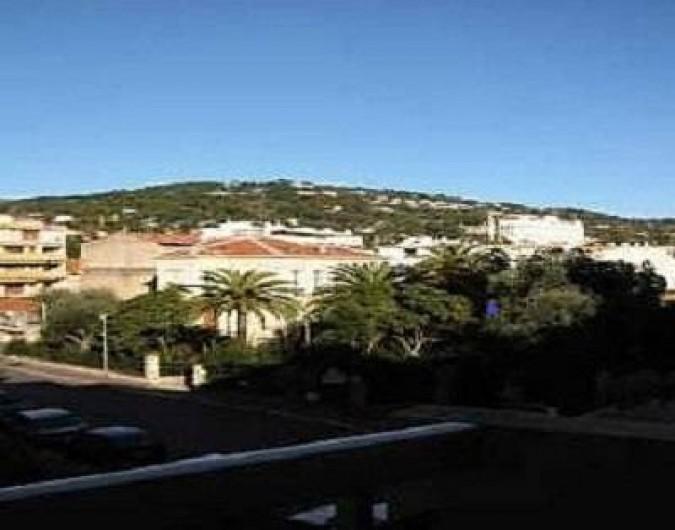 Location de vacances - Studio à Cannes - vue depuis la terrasse
