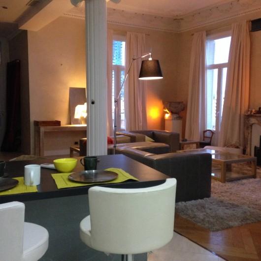 Location de vacances - Appartement à Monaco-Ville - côté repas ds le grand appartement