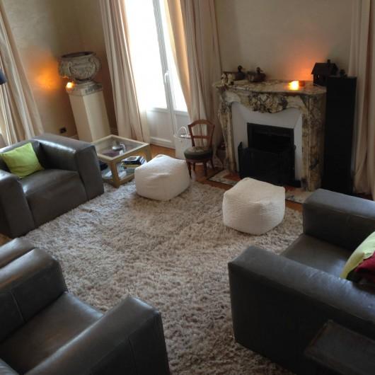 Location de vacances - Appartement à Monaco-Ville - le salon de 30 M2 , du grand apparteement