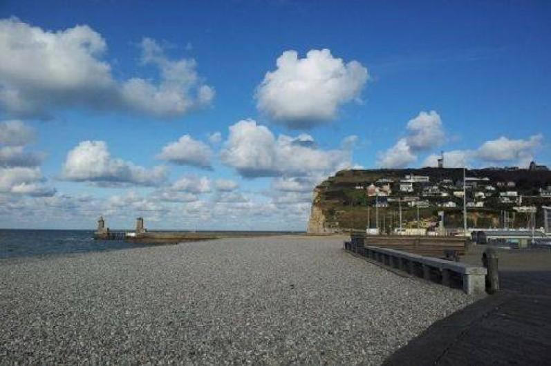 Location de vacances - Gîte à Saint-Sauveur-d'Émalleville - La plage de Fécamp