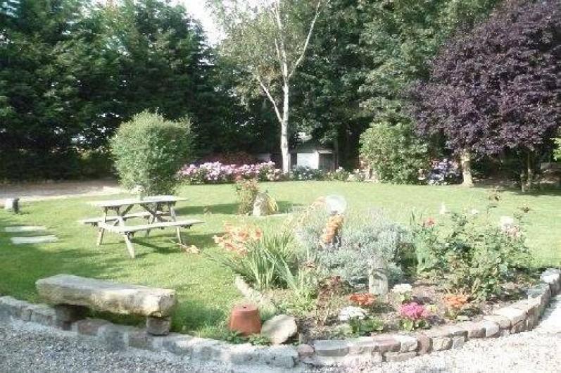 Location de vacances - Gîte à Saint-Sauveur-d'Émalleville - Le jardin