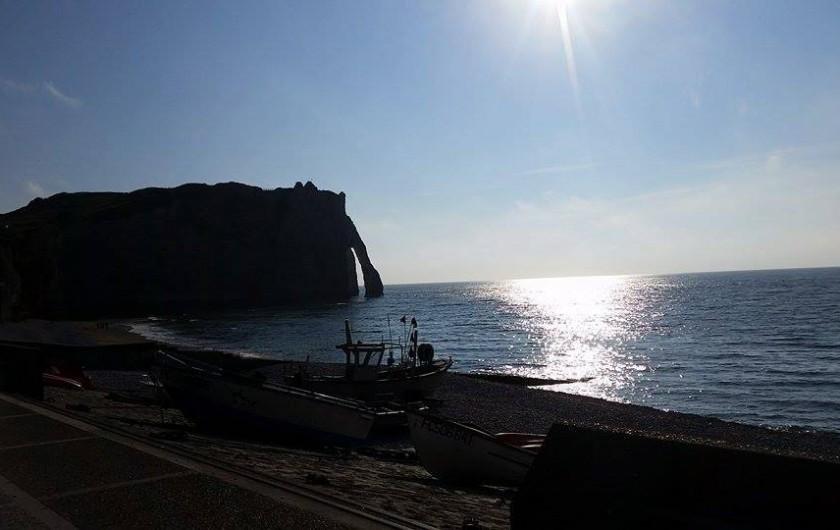 Location de vacances - Gîte à Saint-Sauveur-d'Émalleville - Coucher de soleil Etretat