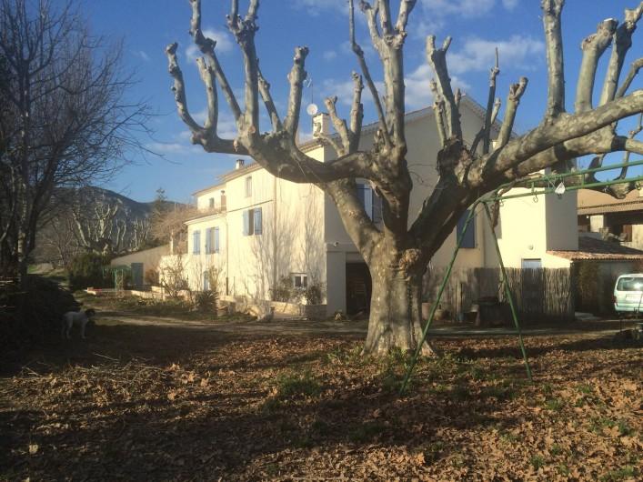 Location de vacances - Appartement à Manosque - Vue de l'arrière de la Bastide