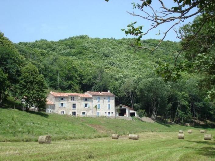 Location de vacances - Mas à Courniou - Nabat le Haut