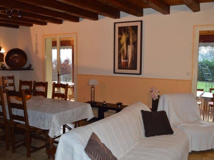 Location de vacances - Maison - Villa à Mauzac-et-Grand-Castang - salle à manger