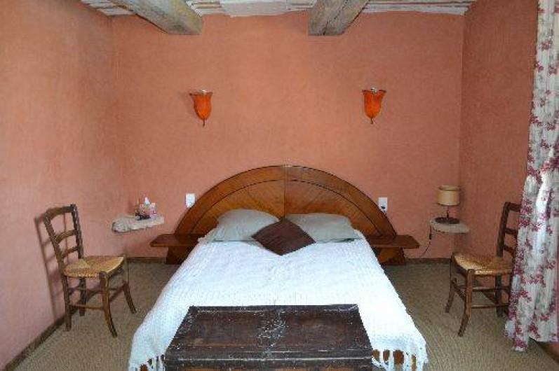 Location de vacances - Villa à Saint-Saturnin-lès-Apt - chambre 3x4  lit en 140