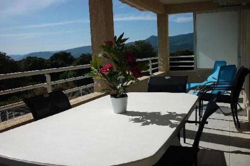 Location de vacances - Appartement à Propriano - et un espace repas