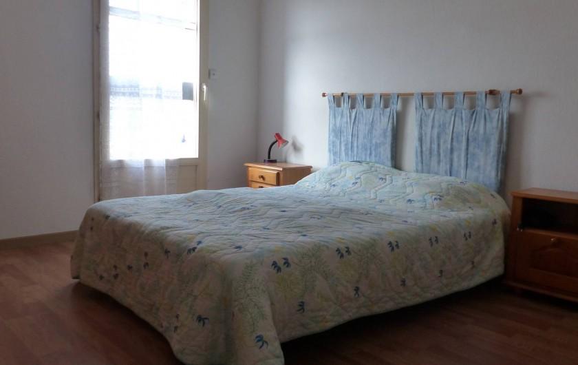Location de vacances - Appartement à Hyères - Chambre lit double